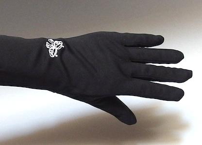 刺繍のある手袋
