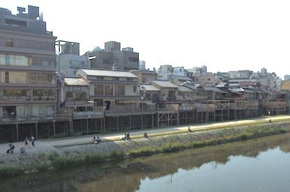 京都鴨川沿い