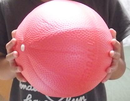赤いバランスボール