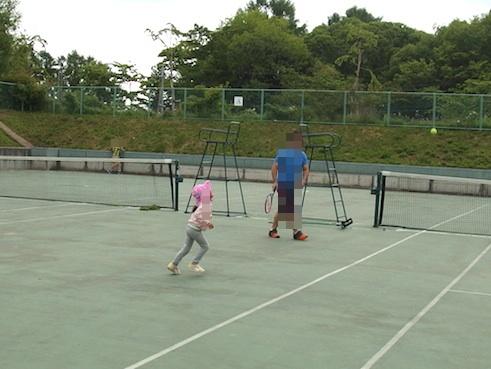 テニス遊び