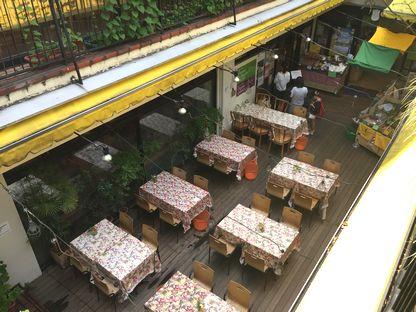 クレヨンハウスのカフェ