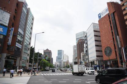 渋谷の通りとビル